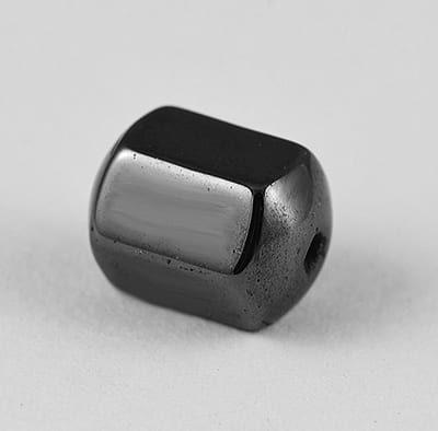 10 Hexagone Shaped Hematite Magnetic Beads - (10mm) 19