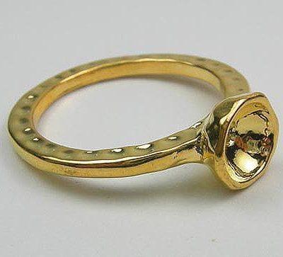 Golden Metal Ring 16