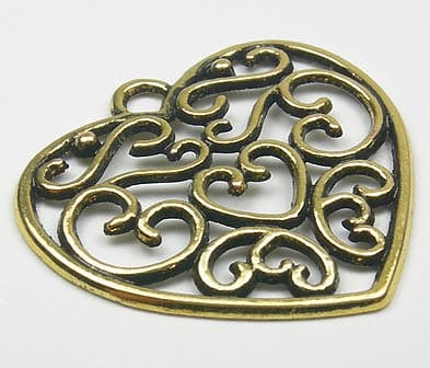 Gorgeous Heart Gold Plated Metal Charm - M13 18