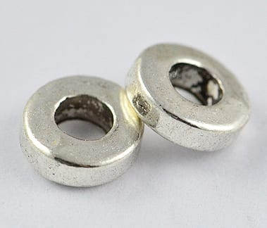 10 Round Silver Plated Metal Spacer Beads - (6mm) 2