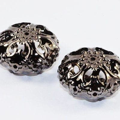 1 Large Black Round Filigree Metal Bead - (23mm) - M10 3