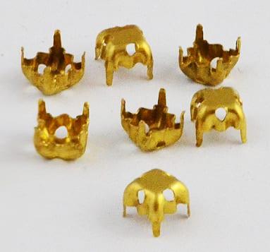 Square Shaped Gold Metal Rhinestone Cabochon Setting - (4mm) 12